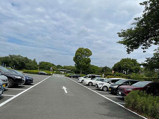 昭和記念公園の西立川口駐車場